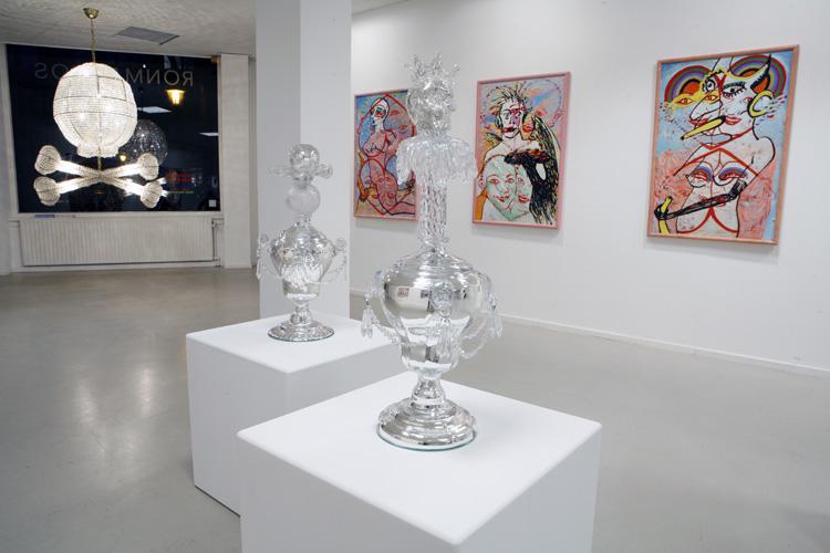 Artists Anonymous, Eva & Adele, Hans van Bentem